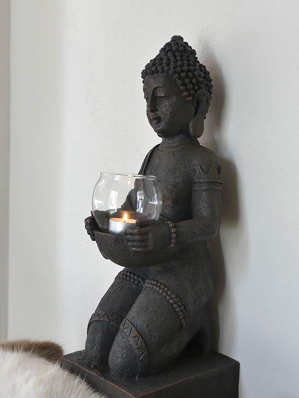 Praxis Udo Josef Henke: Buddha mit Kerze